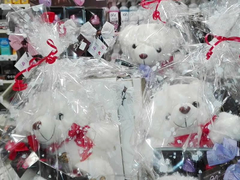 Pack San Valentín: bombones y peluche